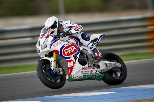 test-sbk-jerez-guintoli-parla-in-video-della-honda-cbr_1_jpg_650