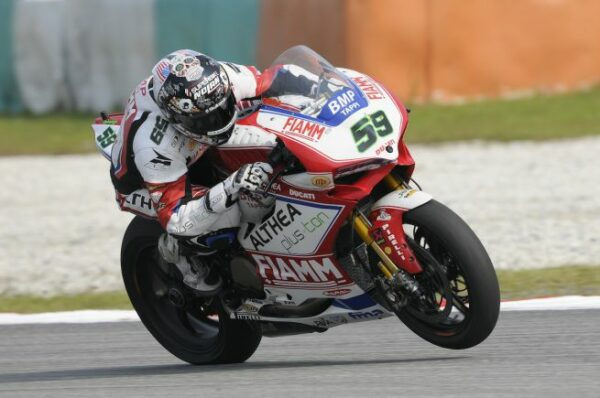 0291_p10_canepa_action