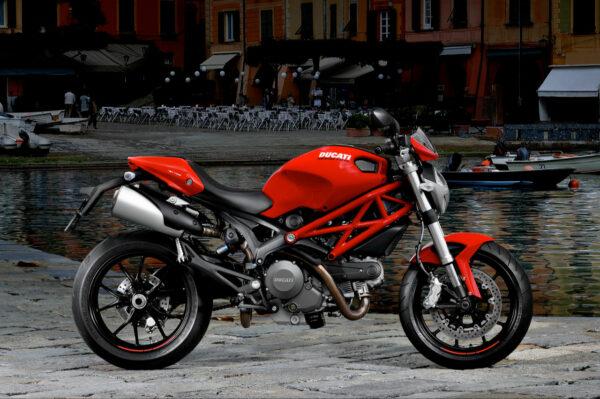 BikeSpecial-2011-Ducati-Monster-796-Red