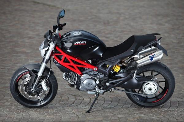 ducati-monster-796-test_61