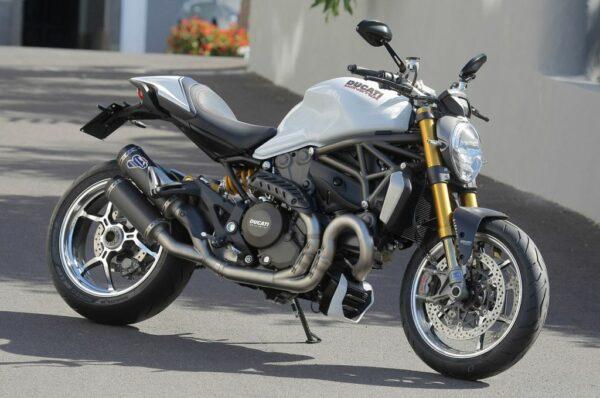 10-2014-ducati-monster-1200-s-fr-1