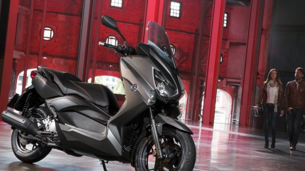 2014-Yamaha-X-MAX-250-ABS-EU-Matt-Grey-Static-002