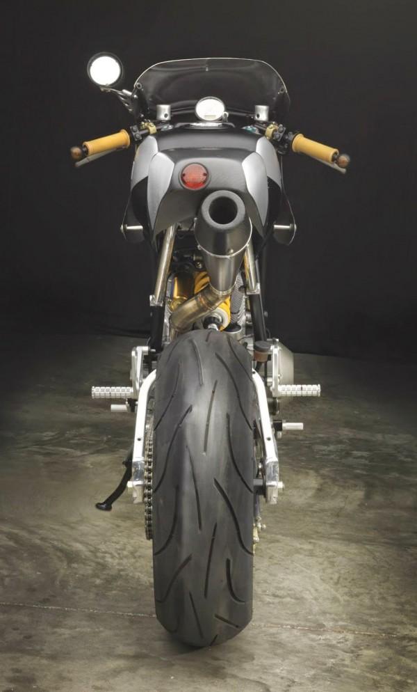 studio moto-003