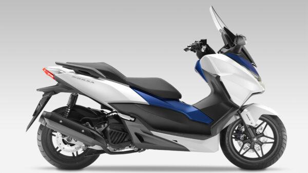 2015-Honda-Forza-125