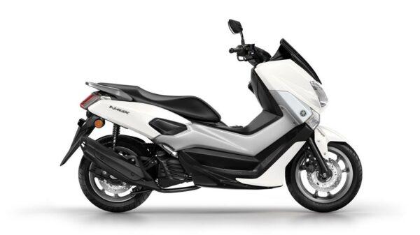 2015-Yamaha-G125YM-EU-Milky-White-Studio-002