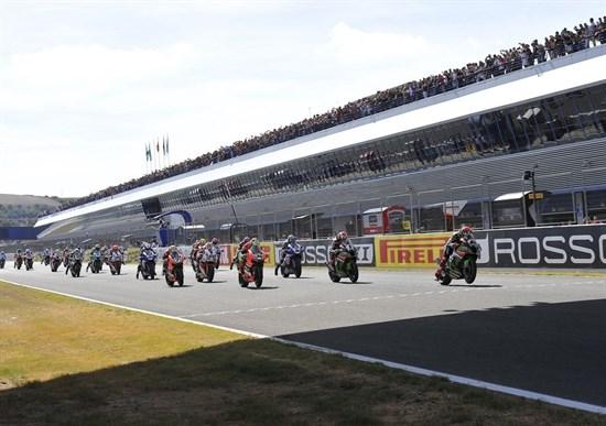 1173-r12-race-start